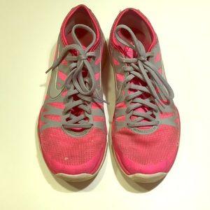 Nike 7.5
